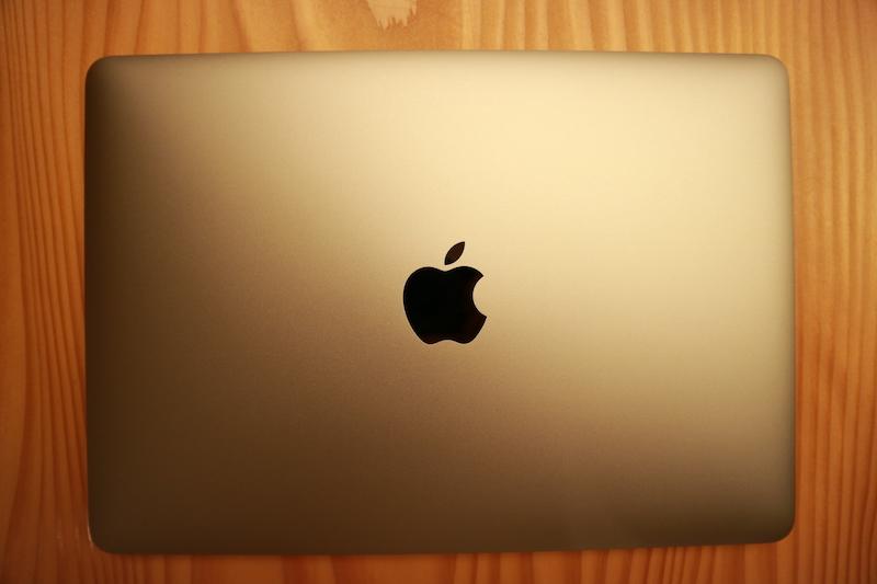 Macbook 真上から