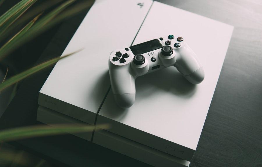PS4ホワイト横置き