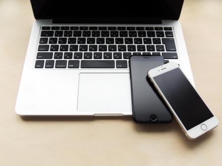 MacbookとiPhoneのが画像