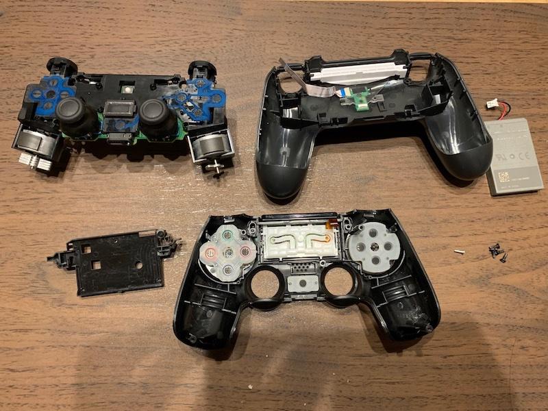 PS4コントローラー分解 3つに
