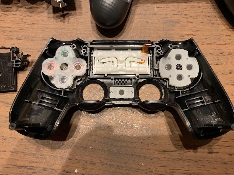 PS4コントローラー分解 表の裏