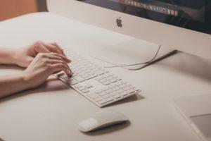 iMac タイピング