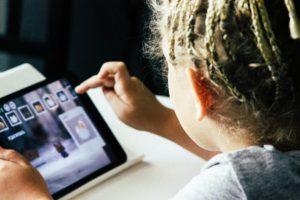 iPad&child