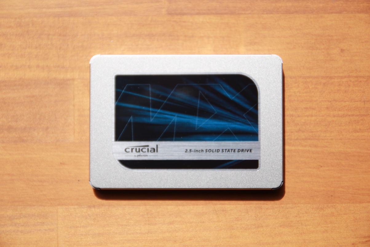 SSD MX500 本体