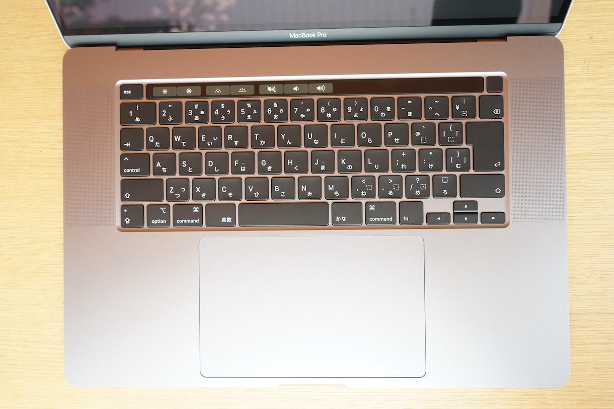 MacbookPro16インチのキーボード