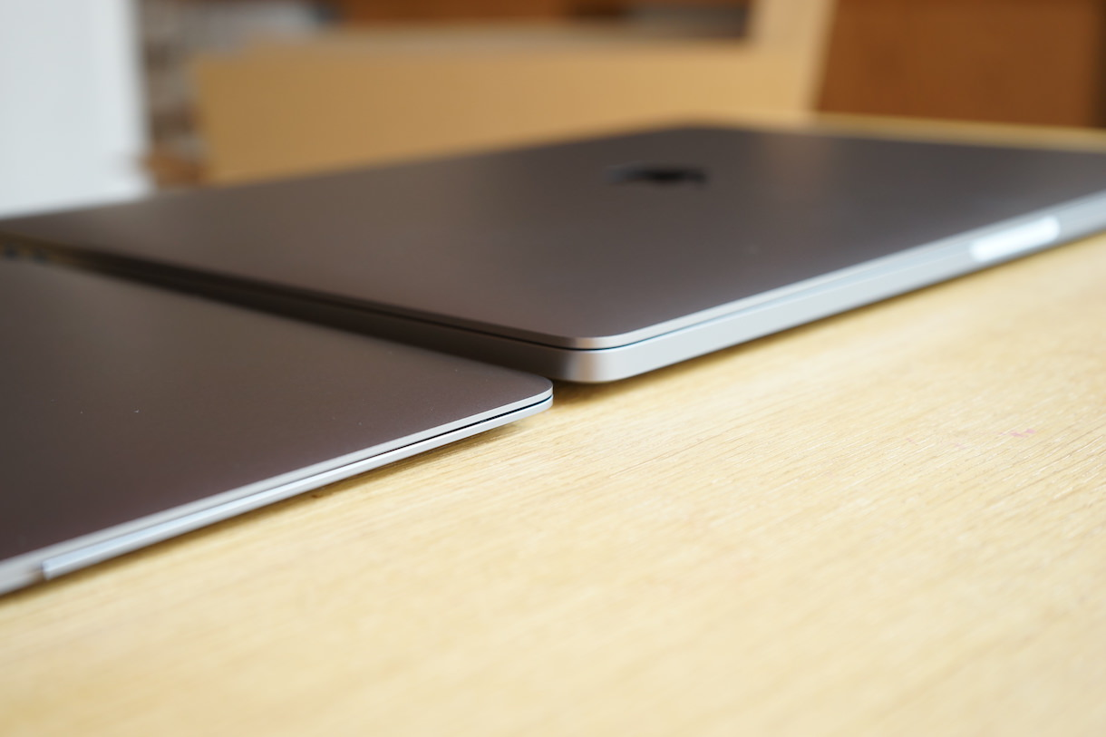MacbookPro16inchとMacbook12inch