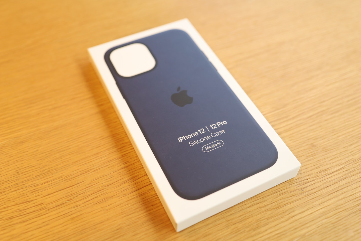 iPhone12Proケース